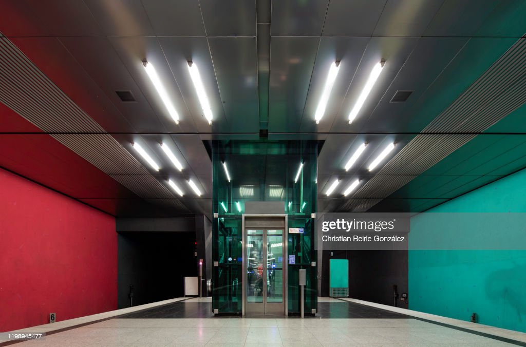 Subway Station Wettersteinplatz, Munich, Germany : Stock-Foto