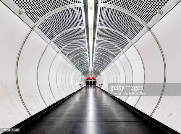 subway tunnel with concentric circles - underground stock photos and pictures