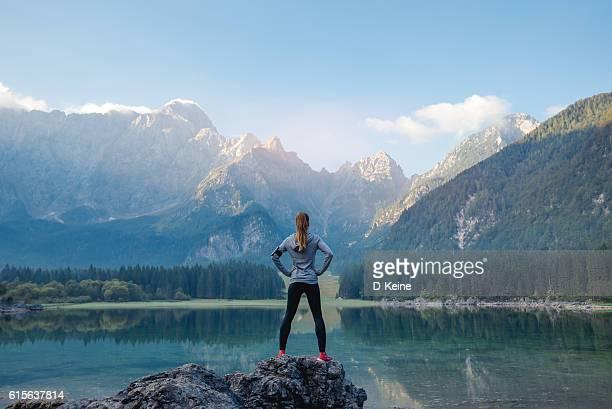 el éxito  - motivación fotografías e imágenes de stock