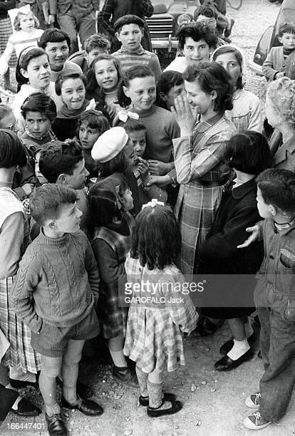 Young Amabile Battistello Found Again Eyesight Thanks To The Donation Of Priest Don Gnocchi Le 28 février 1956 une jeune aveugle de 18 ans Amabile...