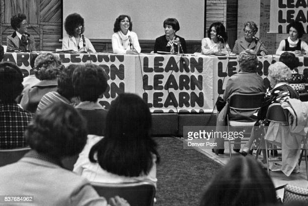 Successful Woman Seminar Emphasized Goal Setting Getting Out Of Comfort Zone From left are Patty Ralston Cleo Parker Robinson Jeannie Fuller Mardee...
