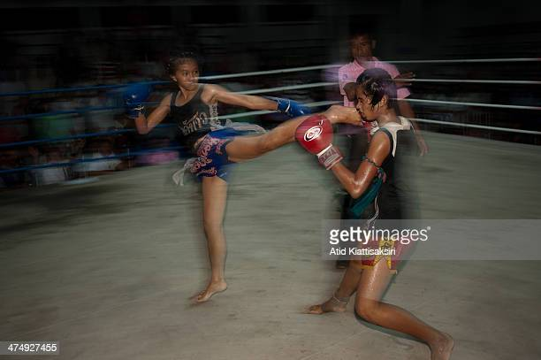 Suchada Boonchu aged 14 in action with Hongkhao Sorsayan during their Muaythai fight