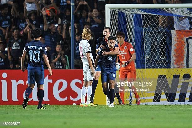 Suchao Nutnum and Carmelo Jose Gonzalez Jimenez of Buriram United celebrates during the AFC Asian Champions League Group E match between Buriram...