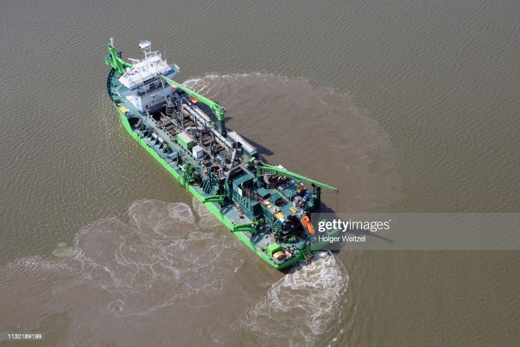 Suction dredger Scheldt River on the Elbe, Belgian hold suction ship, Hamburg, Schleswig-Holstein, Germany : ストックフォト