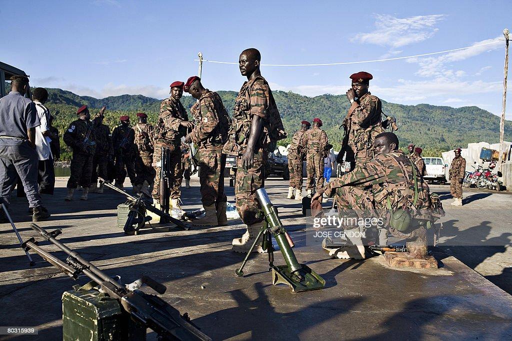 Sudanese African Union (AU) troops disem : News Photo
