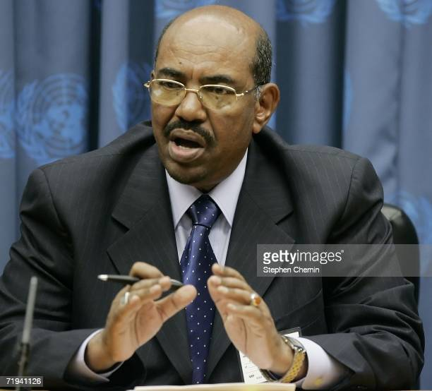 Sudanese President Omar Hassan al-Bashir speaks at a news conference during the 61st UN General Assembly session September 19, 2006 at United Nations...