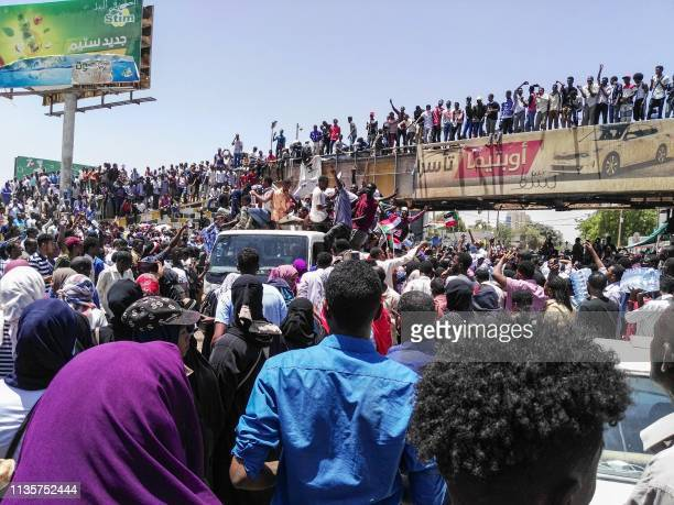 Sudanese protesters rally in front of the military headquarters in the capital Khartoum on April 8 2019 Sudan's army deployed around its Khartoum...