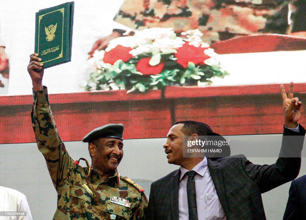 SUDAN-UNREST-POLITICS : News Photo