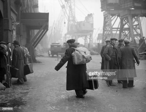 Sudeten German refugees coming ashore at London Bridge