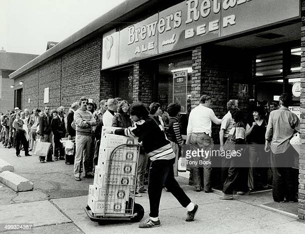Suds queue There were long lineups at beer stores yesterday as thousands of Metro residents rushed to buy brew in the wake of a wildcat strike that...