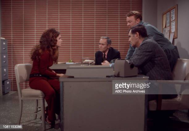 Sue Bernard Henry Fonda William Wintersole extras appearing in the Walt Disney Television via Getty Images series 'The Smith Family' episode 'No...
