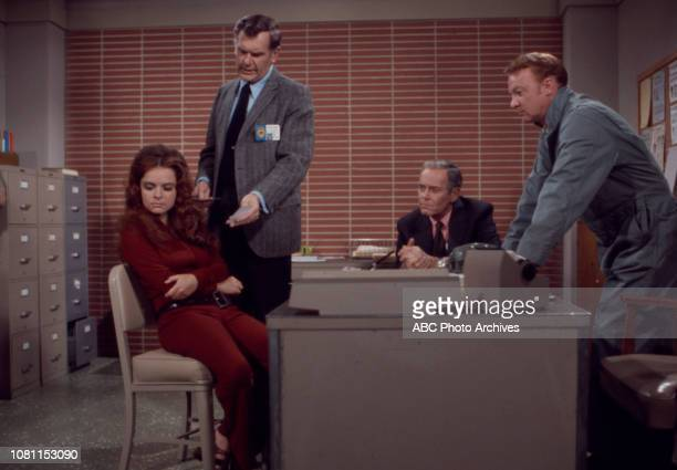 Sue Bernard William Wintersole Henry Fonda extras appearing in the Walt Disney Television via Getty Images series 'The Smith Family' episode 'No...