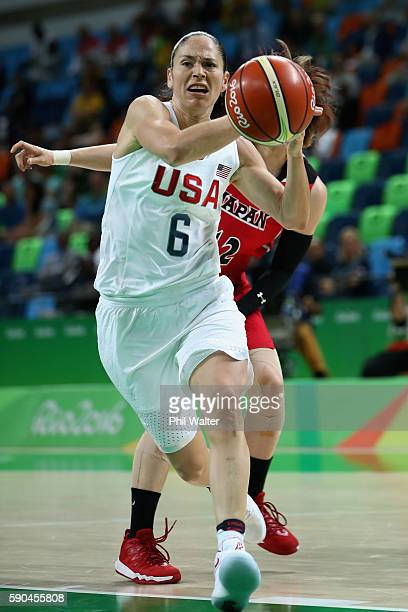 Sue Bird of United States drives to the basket during the Women's Quarterfinal match against Japan on Day 11 of the Rio 2016 Olympic Games at Carioca...