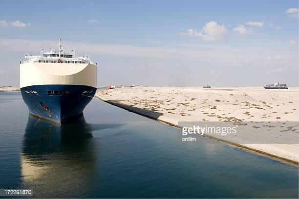 suez canal, egypt - suez canal stock pictures, royalty-free photos & images