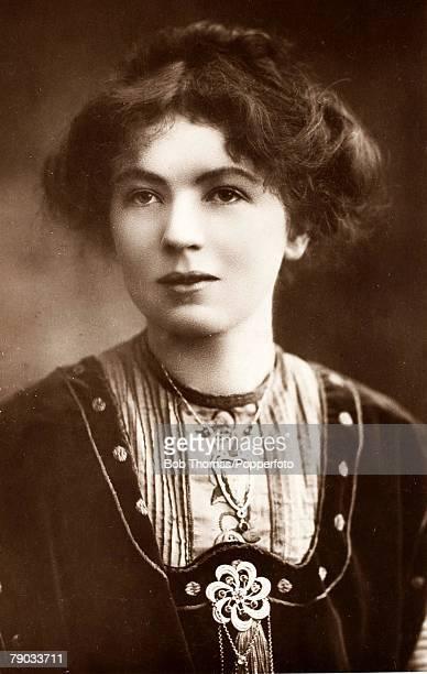 Suffragettes Christabel Pankhurst Suffrage activist daughter of Emmeline Pankhurst Circa 1910