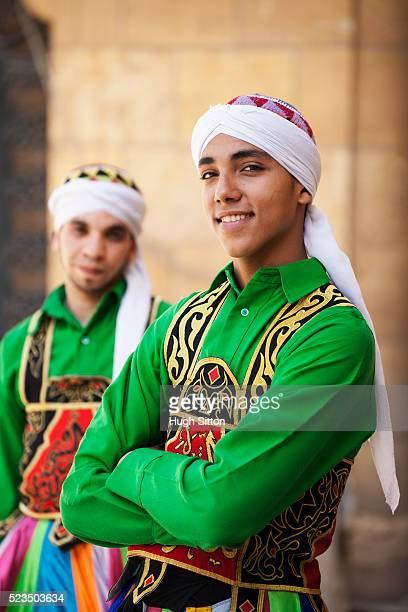 sufi dancers (twirling dervishes) cairo, egypt - hugh sitton stock-fotos und bilder