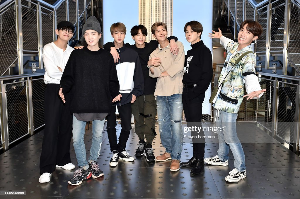 NY: Empire State Building Hosts K-Pop Group BTS