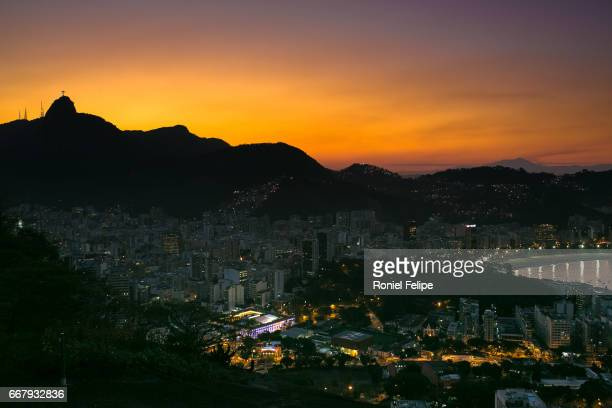 sugar loaf sunset - o anoitecer stock pictures, royalty-free photos & images