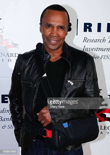 Sugar Ray Leonard attends the Sugar Ray Leonard Foundation's Big Fighters Big Cause charity event at the Santa Monica Pier on May 25 2010 in Santa...