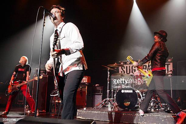 Sugarcult performs at the LIFEbeat 10th Anniversary benefit concert at the Hammerstein Ballroom in New York City 8/28/02 Photo by Scott Gries/Getty...