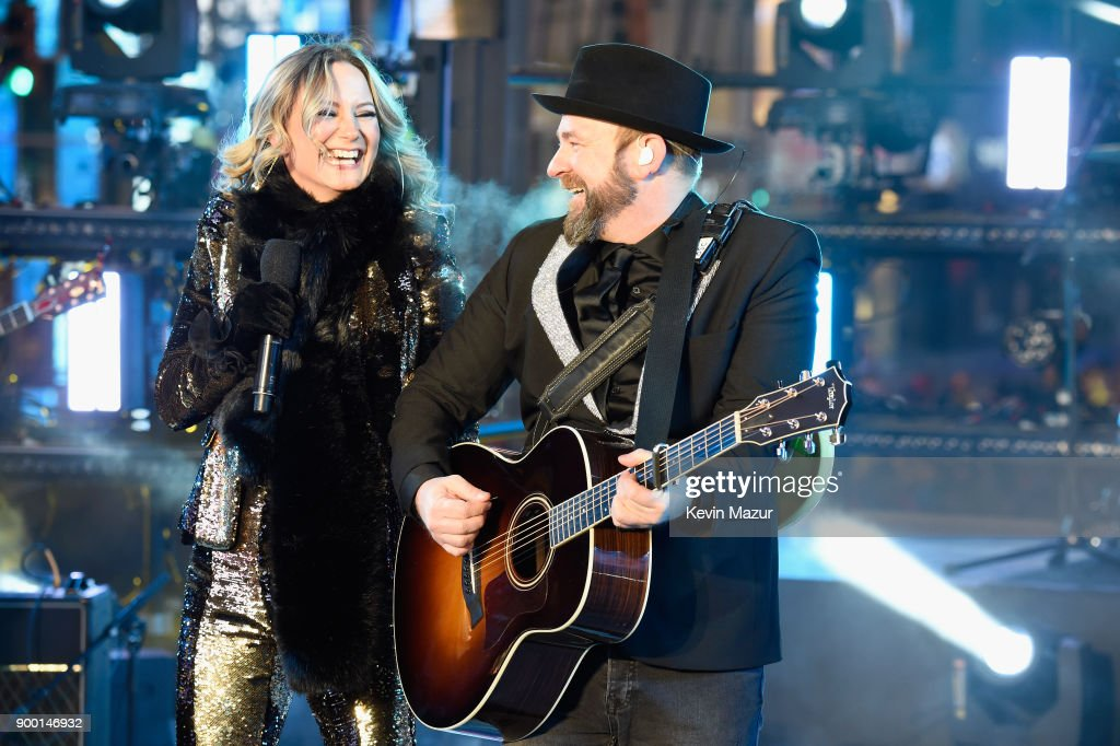 Sugarland performs at the Dick Clark's New Year's Rockin' Eve with Ryan Seacrest 2018 on December 31, 2017 in New York City.
