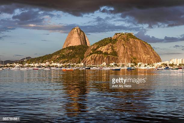 sugarloaf mountain, botafogo bay, rio de janeiro, brazil - pão de açúcar - fotografias e filmes do acervo