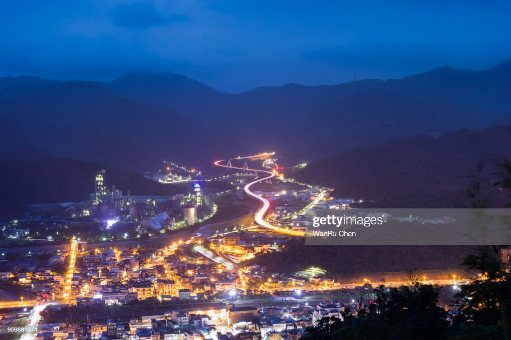 Suhua Highway.High Angle View Of Cityscape By Sea Against Sky : Stock-Foto