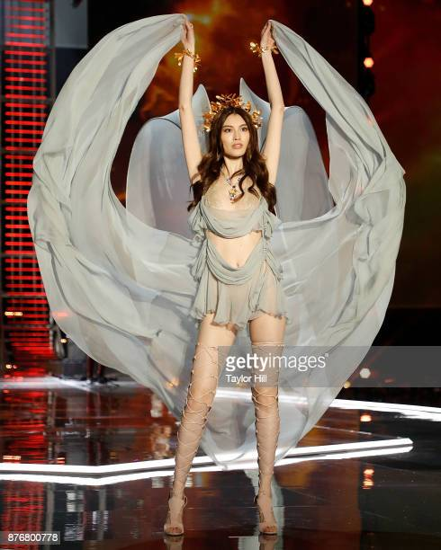 Sui He walks the runway during the 2017 Victoria's Secret Fashion Show at MercedesBenz Arena on November 20 2017 in Shanghai China