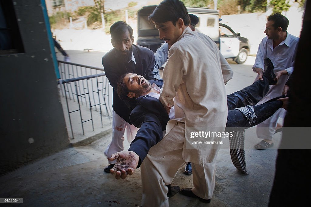 Many Killed in Peshawar Court House Suicide Blast : News Photo