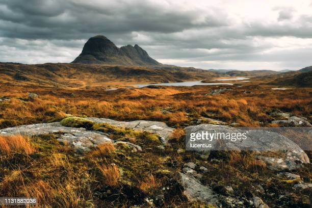 suilven mountain, sutherland, scotland - scotland stock pictures, royalty-free photos & images