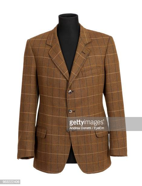 suit on mannequin against white background - blazer jacket stock pictures, royalty-free photos & images