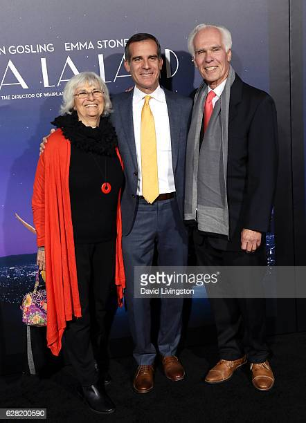 Sukey Garcetti Los Angeles Mayor Eric Garcetti and Gil Garcetti attend the premiere of Lionsgate's La La Land at Mann Village Theatre on December 6...