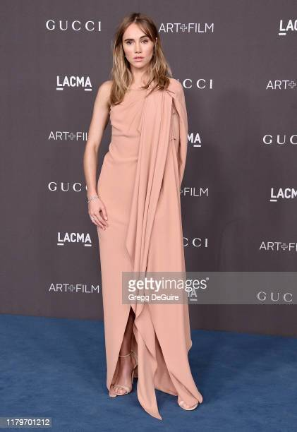 Suki Waterhouse arrives at the 2019 LACMA Art Film Gala Presented By Gucci on November 2 2019 in Los Angeles California