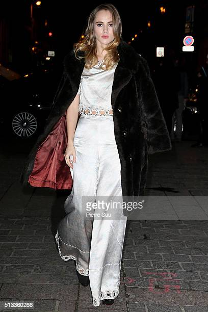 Suki Waterhouse arrives at the HM show as part of the Paris Fashion Week Womenswear Fall/Winter 2016/2017 on March 2 2016 in Paris France
