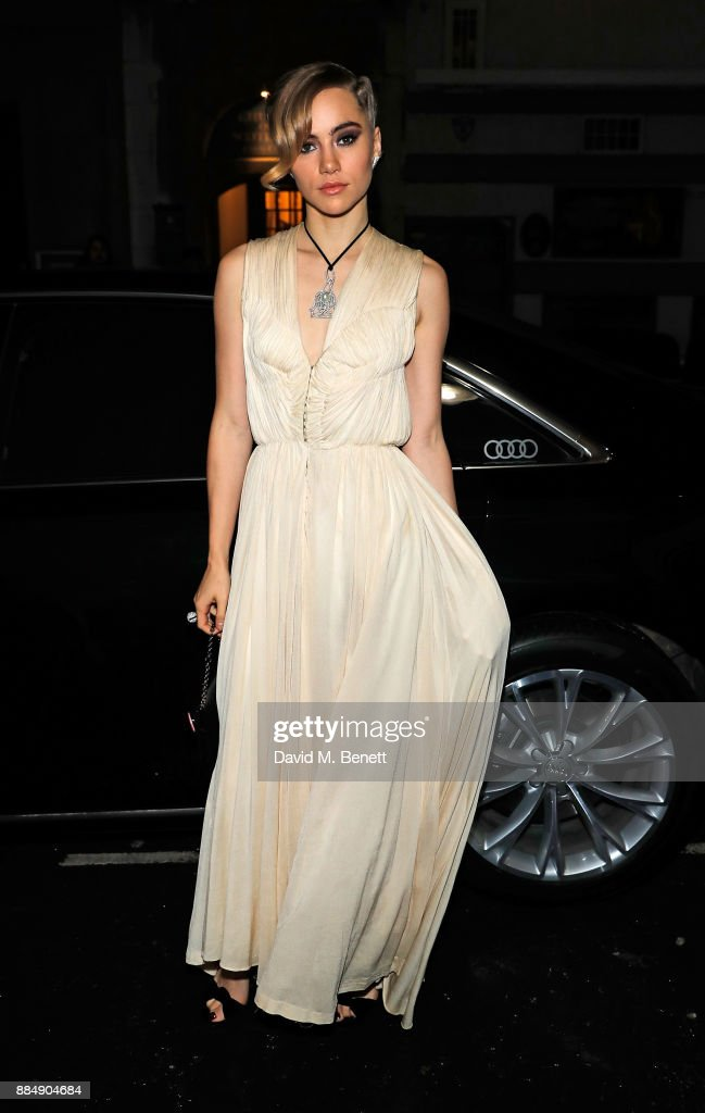 Suki Waterhouse arrives in an Audi at the Evening Standard Theatre Awards at Theatre Royal on December 3, 2017 in London, England.