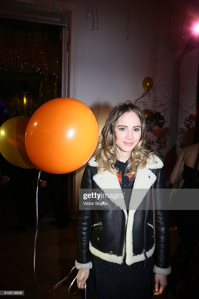 Suki Waterhouse attends Prom 2016 Party hosted by Coach for the Paris Flagship opening as part of the Paris Fashion Week Womenswear Fall/Winter 2016/2017 at Hotel Salomon de Rothschild on March 1, 2016 in Paris, France.