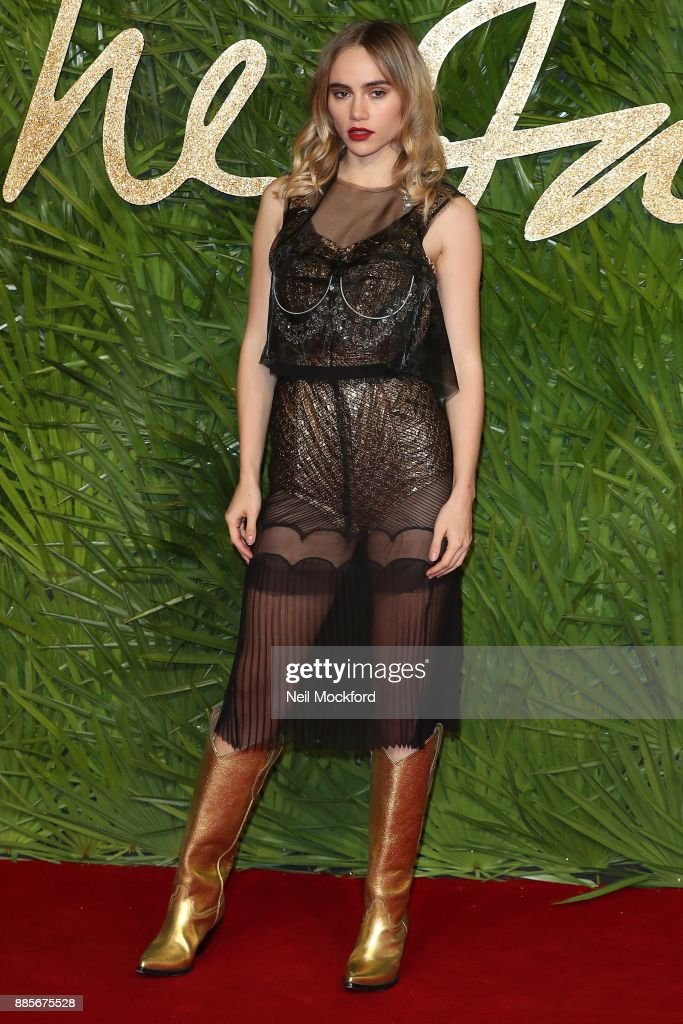 Suki Waterhouse attends The Fashion Awards 2017 in partnership with Swarovski at Royal Albert Hall on December 4, 2017 in London, England.