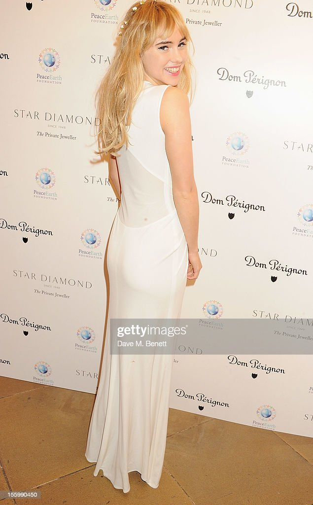 Suki Waterhouse attends the Place For Peace dinner co-hosted by Ella Krasner and Forest Whitaker to support the Peace Earth Foundation in association with Star Diamond at Banqueting House on November 10, 2012 in London, England.