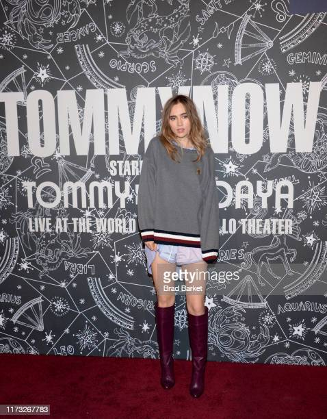 Suki Waterhouse attends TOMMYNOW New York Fall 2019 Front Row Atmosphere at The Apollo Theater on September 08 2019 in New York City