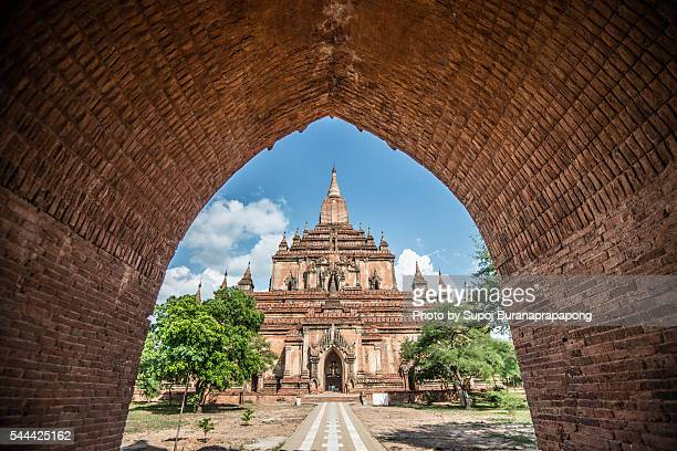 sulamani temple in bagan myanmar - animal powered vehicle stock photos and pictures