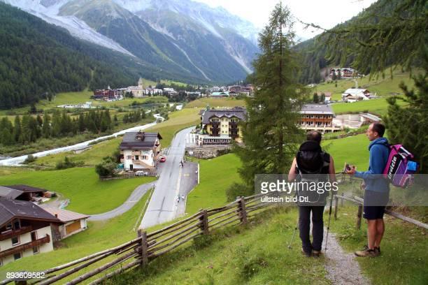 Sulden ist ein Bergdorf mit etwa 400 Einwohnern im Suldental im westlichen Teil Südtirols Es gehoert zur Gemeinde Stilfs liegt auf 1900 mUrlaub...