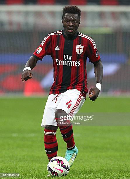 Sulley Ali Muntari of AC Milan in action during the Serie A match between AC Milan and ACF Fiorentina at Stadio Giuseppe Meazza on October 26 2014 in...