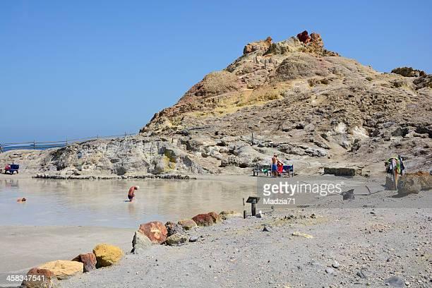 sulphur bagni - isole eolie foto e immagini stock