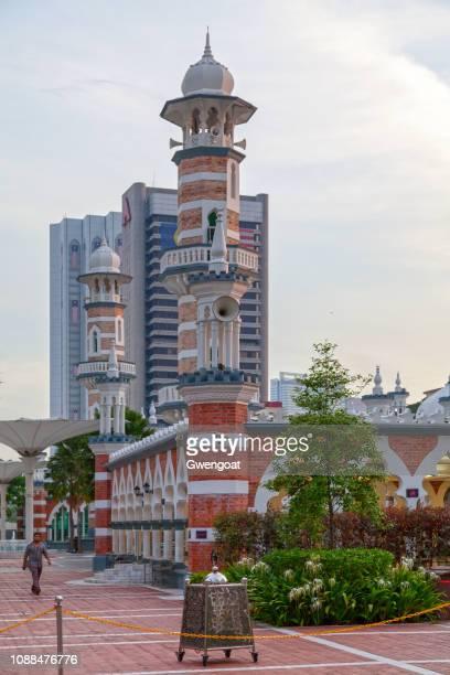 sultán abdul samad jamek mezquita en kuala lumpur - gwengoat fotografías e imágenes de stock