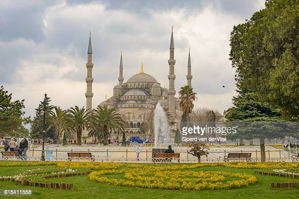 "sultan ahmed mosque or blue mosque in istanbul, turkey. - ""sjoerd van der wal"" imagens e fotografias de stock"