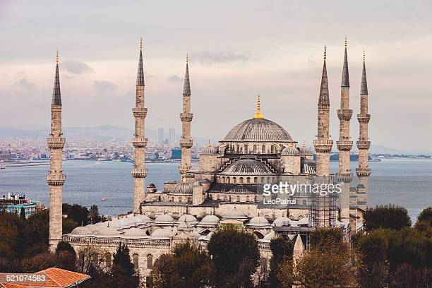 sultan ahmet camii - blue mosque in istanbul - ottoman empire stock photos and pictures