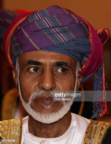 Sultan Qaboos bin Said arrives at Al-Alam Palace on November 26, 2010 in Muscat, Oman. Queen Elizabeth II and Prince Philip, Duke of Edinburgh are on...