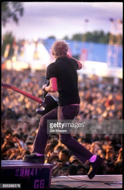 Sum 41 Deryck Whibley Pukkelpop Festival Hasselt Belgium Augustus 2003