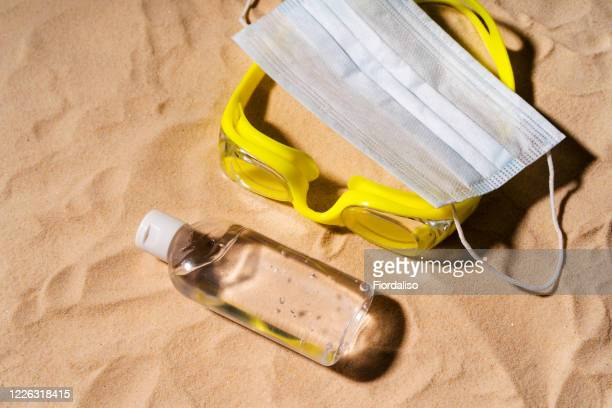 summer beach concept 2020. - scuba mask stock pictures, royalty-free photos & images