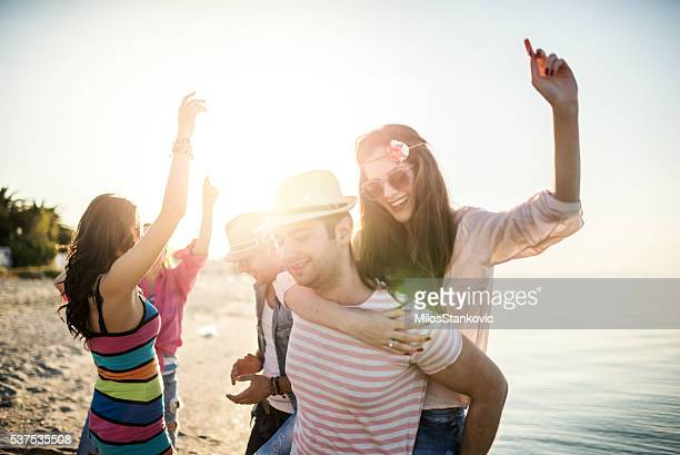 summer beach party - spring break stock pictures, royalty-free photos & images